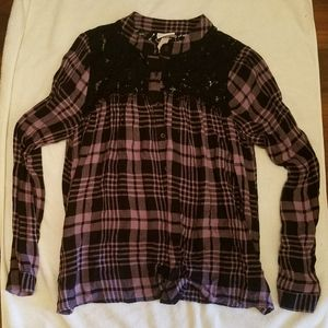 Knox Rose purple plaid and lace shirt size M